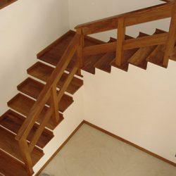 Assoalho para Escada