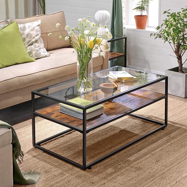 Mesa de centro de madeira com vidro.